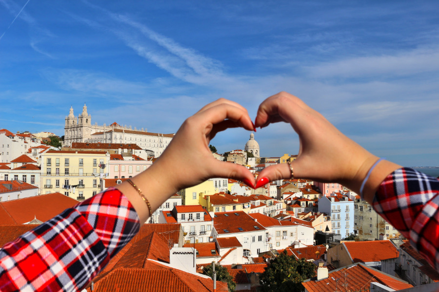Lisbon, Portugal is a great European destination for couples. Discover 40+ such ideas from this article. #romanticeurope #europe #valentinesday #love #citybreakseurope #romanticdestinations