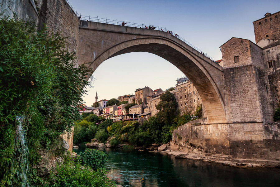 Mostar bridge - Bosnia. Discover 43 romantic escapes for couples in Europe. #romanticeurope #europe #valentinesday #love #citybreakseurope #romanticdestinations