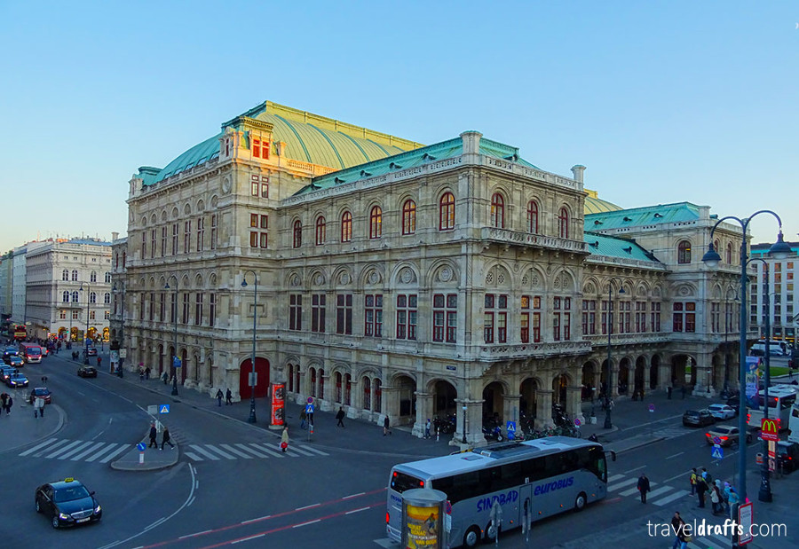 Vienna in Austria is an ideal romantic destination in Europe. Read this article and see ideas for weekends away for couples from this article. #romanticeurope #europe #valentinesday #love #citybreakseurope #romanticdestinations