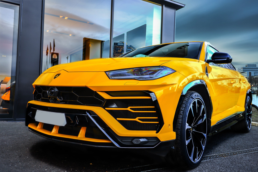 Rent a luxury car in Europe from Driverso - Lamborghini Urus