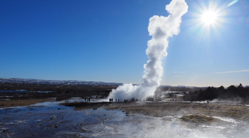 Iceland: an amazing country of ices and geysers
