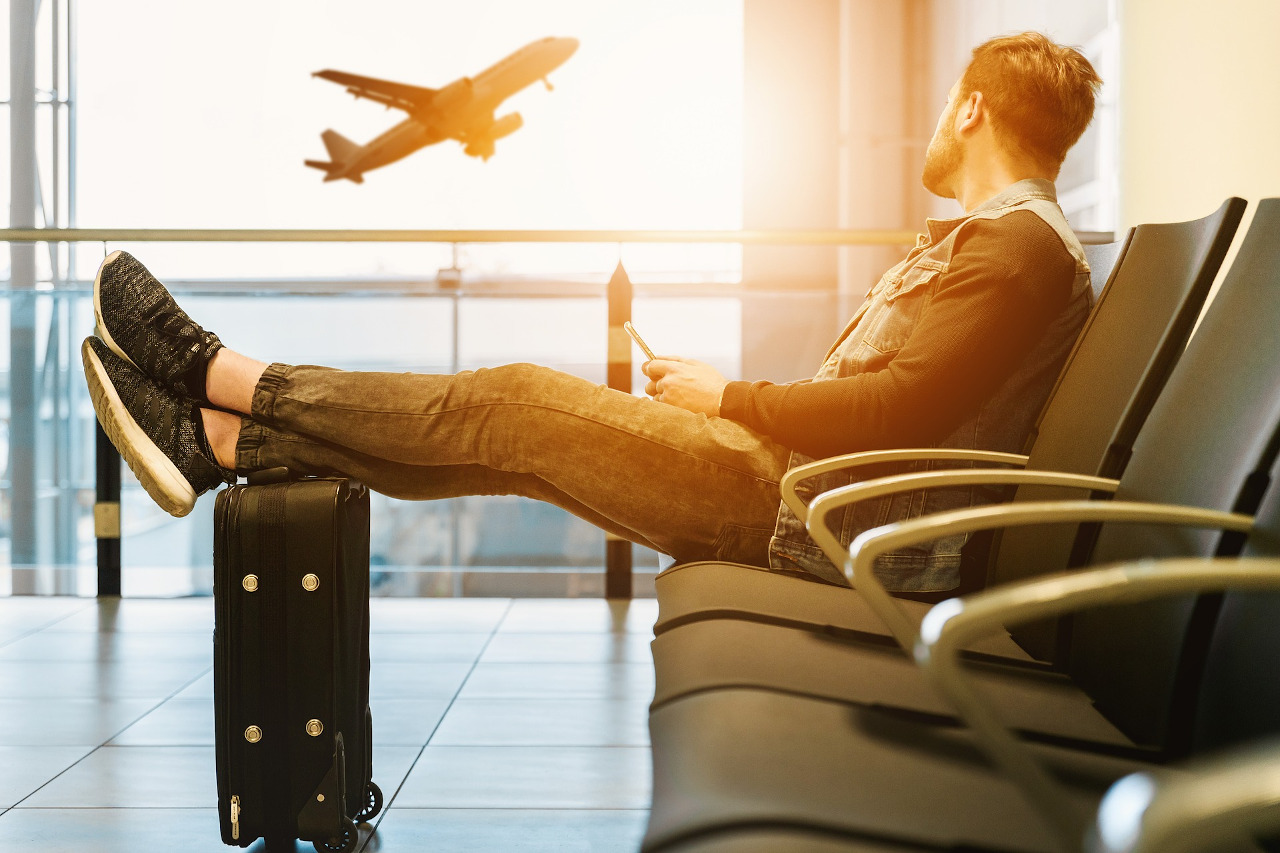 How to find last minute flight deals. The best tips on finding amazing last minute holiday deals #travel #lastminute