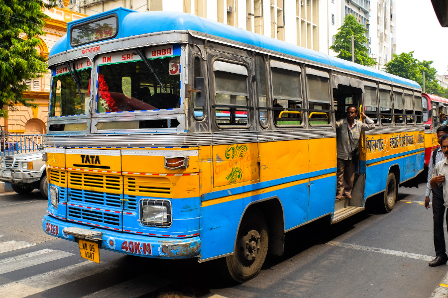 Local bus in Kolkata - things I wish I knew before going to India
