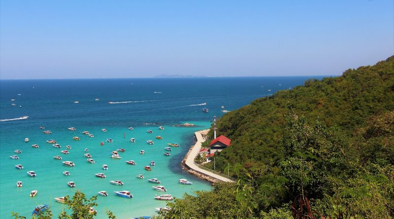 Coral Island - Koh Larn. The best places to visit in Pattaya, Thailand