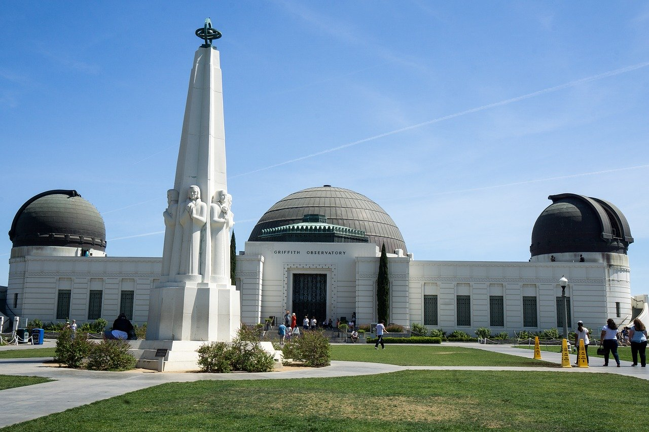 Griffith Observatory is one of the best Los Angeles Attractions. Here's how you can spend 72 hours in Los Angeles - recommendations tailored for multiple preferences!