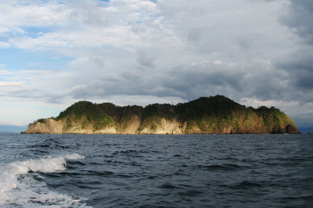 Tortuga Island. Discover the top Costa Rica attractions, the best things to do in Costa Rica for all preferences!