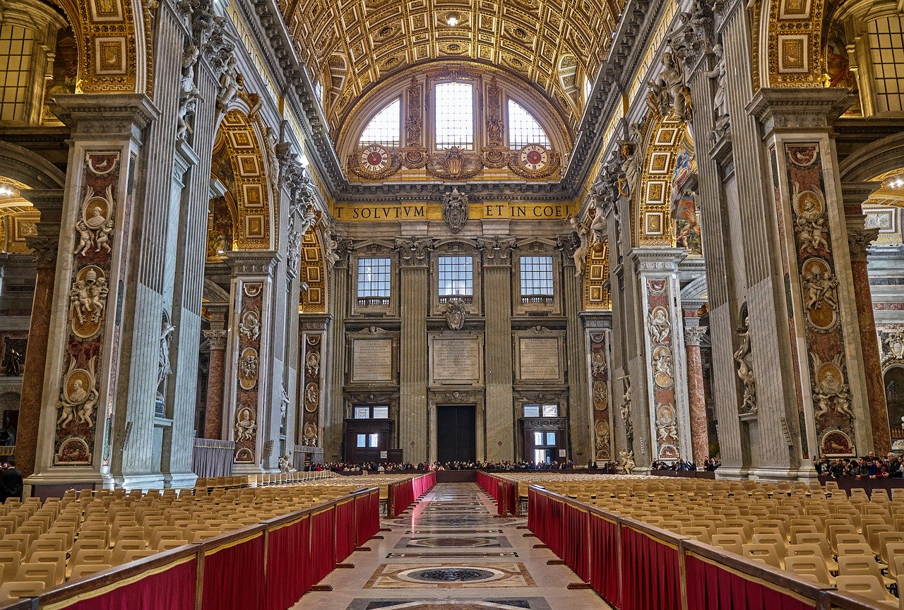 St Peter's Basilica, Vatican is one of the best places to include on your 3-day itinerary for Rome.