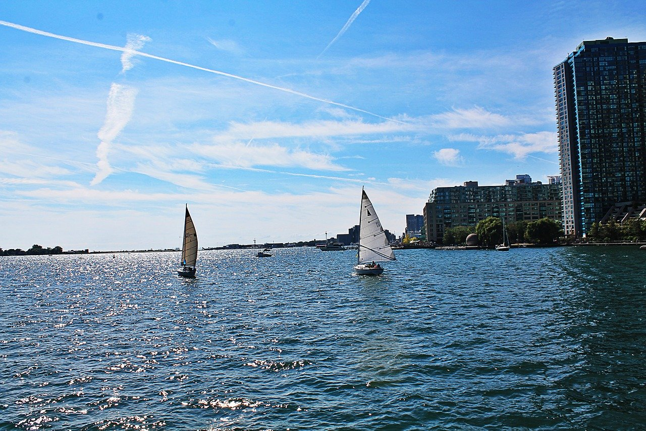 Take a trip on Lake Ontario and discover the Toronto Islands