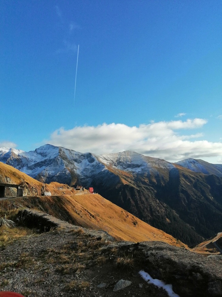 Transfagarasan view. Read this Transfagarasan guide to find out everything you need to know about the Transfagarasan highway, the most beautifil road in the world