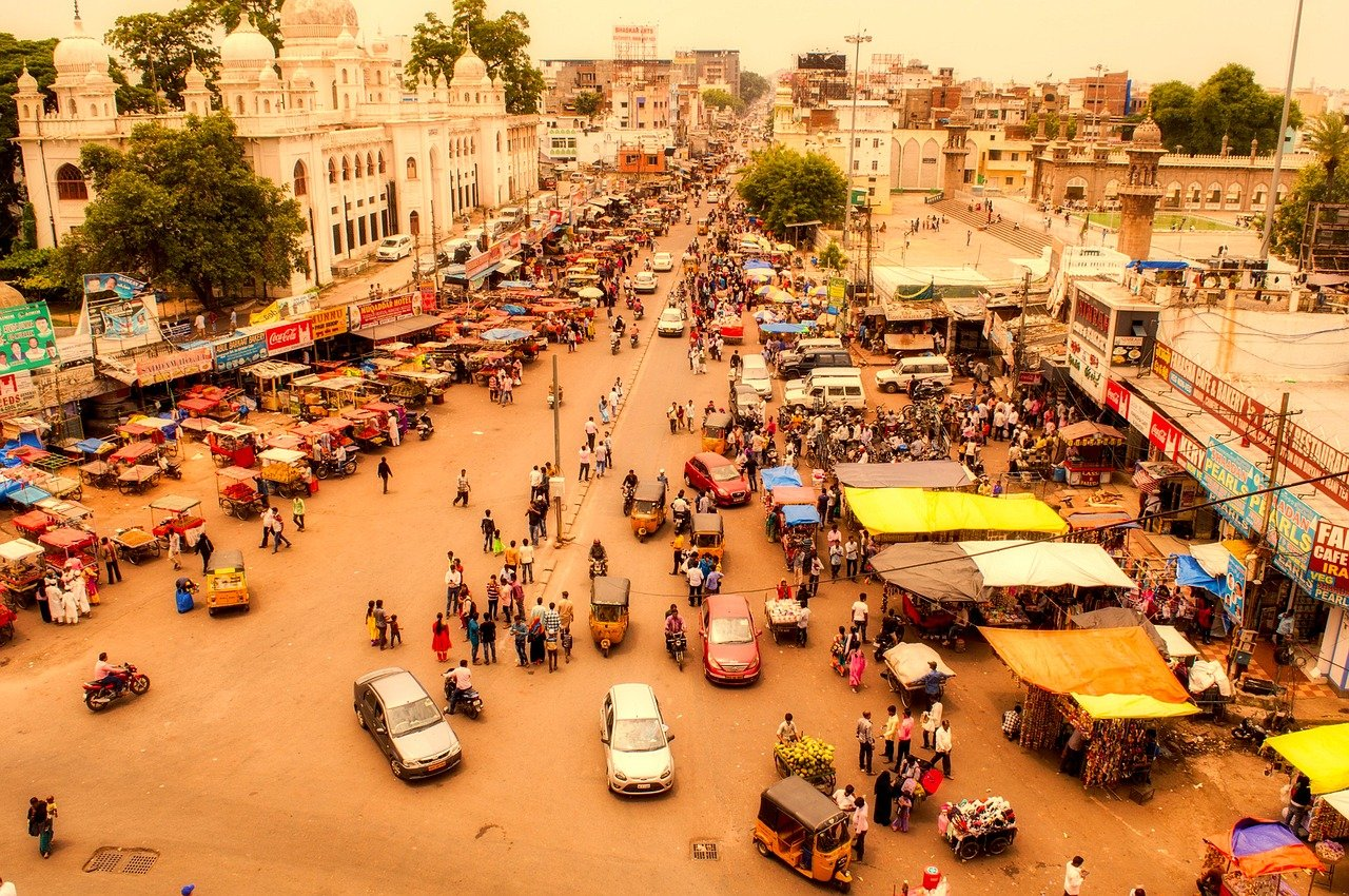 Famous 10 Places to Visit in Hyderabad